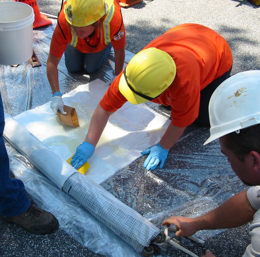 Pittsburgh, are you looking methods to repair mainline without lining manhole- to- manhole